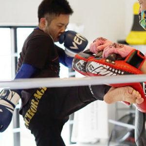 キックボクシングジムワーク画像